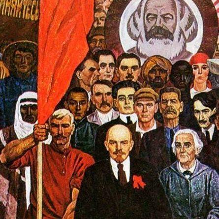 """Vive la Commune de 1871 """"Notre drapeau est le drapeau de la République universelle"""""""